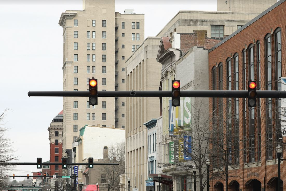 traffic signals on red in downtown Lexington