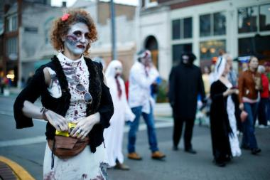image of girl dressed up as a zombie in downtown lexington