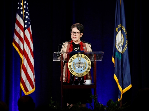 Mayor Linda Gorton delivers State of the City/County address.
